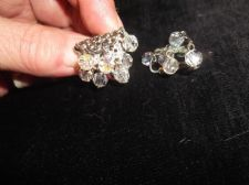 VINTAGE JEWELLERY CRAFT CLIP EARRINGS SILVER TONE DANGLE AURORA BOREALIS BEADS